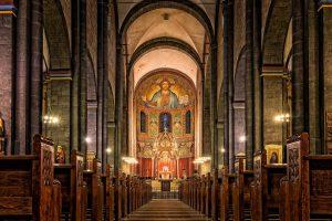 La iglesia en la Edad Media main