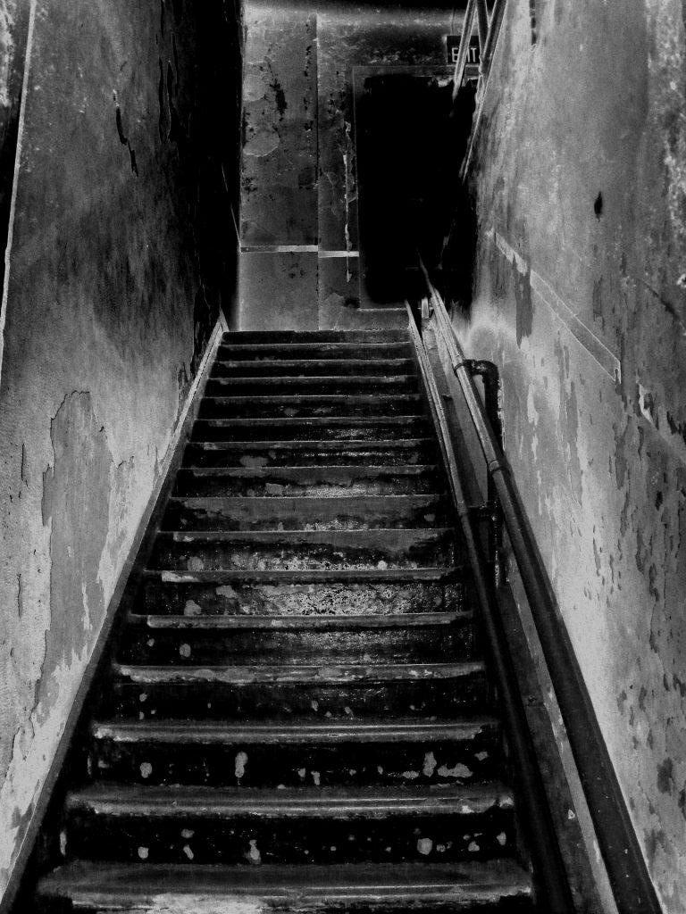 ¿Como explica la ciencia a los fantasmas? I - 6