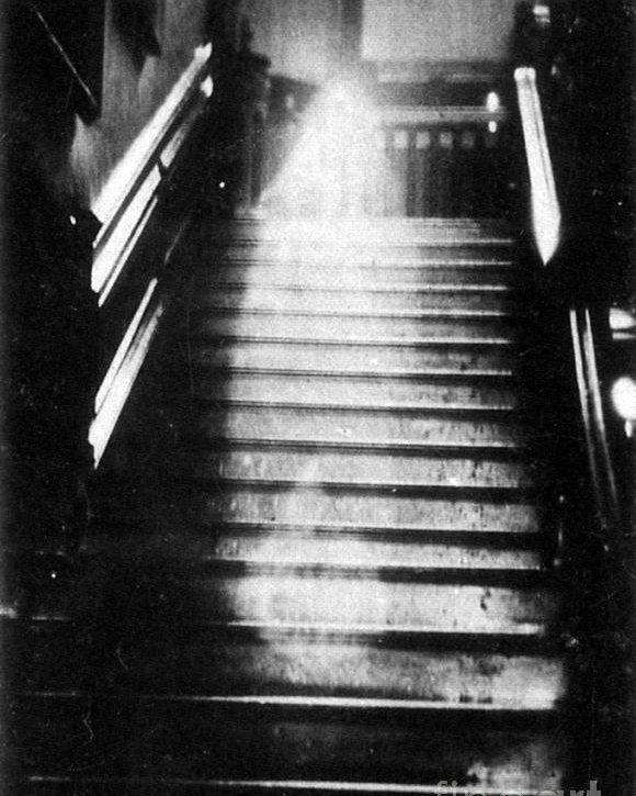 Que dice la ciencia con respecto a los fantasmas III - 1