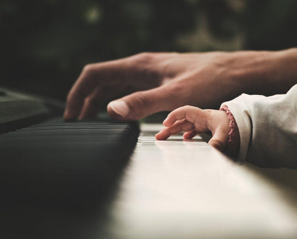 beneficios que conlleva tocar un instrumento 6