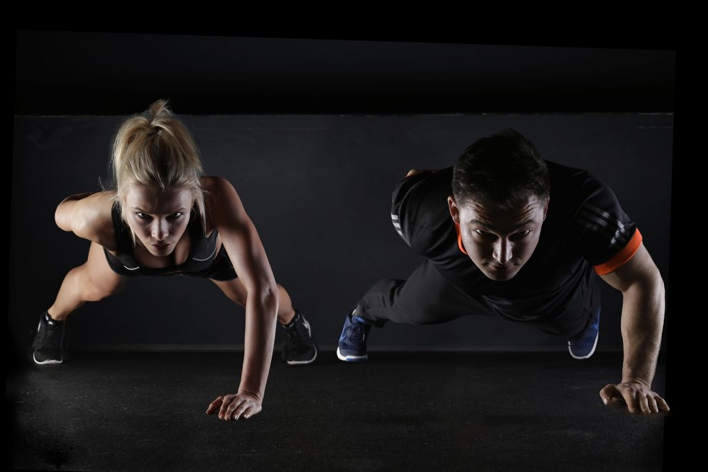 ¿Por qué nos duelen los músculos después de hacer ejercicio?